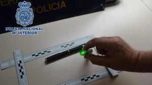 zentauroepp39626409 la polic a nacional identifica a dos personas por deslumbrar170810134817