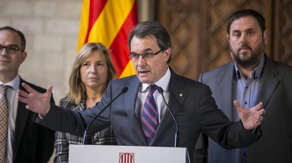 Artur Mas anuncia los términos de la consulta soberanista.