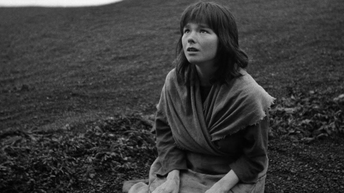 Björk, en un fotograma de 'Cuando fuimos brujas'.