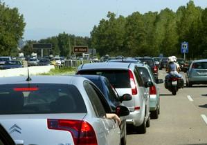 En enero se han matriculado en Españamás de 100.000 turismos y vehículos todoterreno.