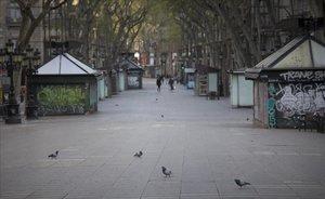La Rambla de Barcelona, vacía.