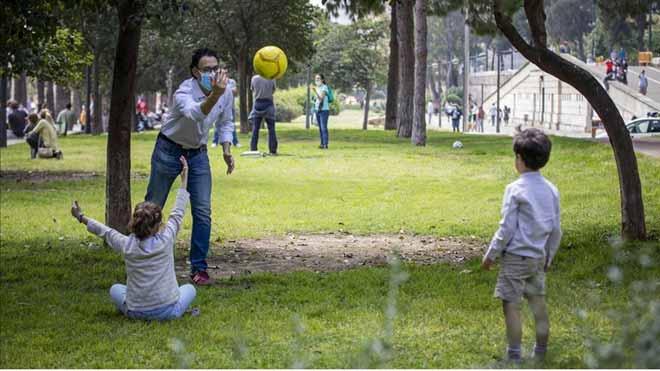 Simón veu «compatible» que els pares facin esport al matí i passegin amb els nens a la tarda