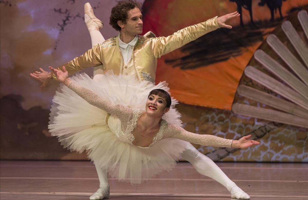 Dimitri Zagrebin y Rebecca Storani en elDon Quijote del Ballet de Catalunya en el Centre Cultural Terrassa.