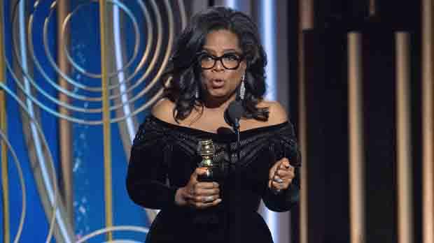 Totes les actrius i actors es van vestir de negre rigorós en senyal de rebuig a l'assetjament denunciat per moltes d'elles.