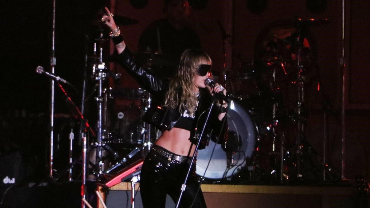 La descariada Miley Cyrus, en el Primavera Sound, en la madrugada del sábado.