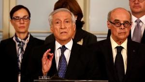 Heraldo Muñoz, canciller de Chile, junto a homólogos de los otros países reunidos en Lima, el 8 de agosto.