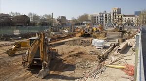Obras de los nuevos hoteles en el barrio de Poblenou.