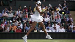 Muguruza debuta amb patiment a Wimbledon