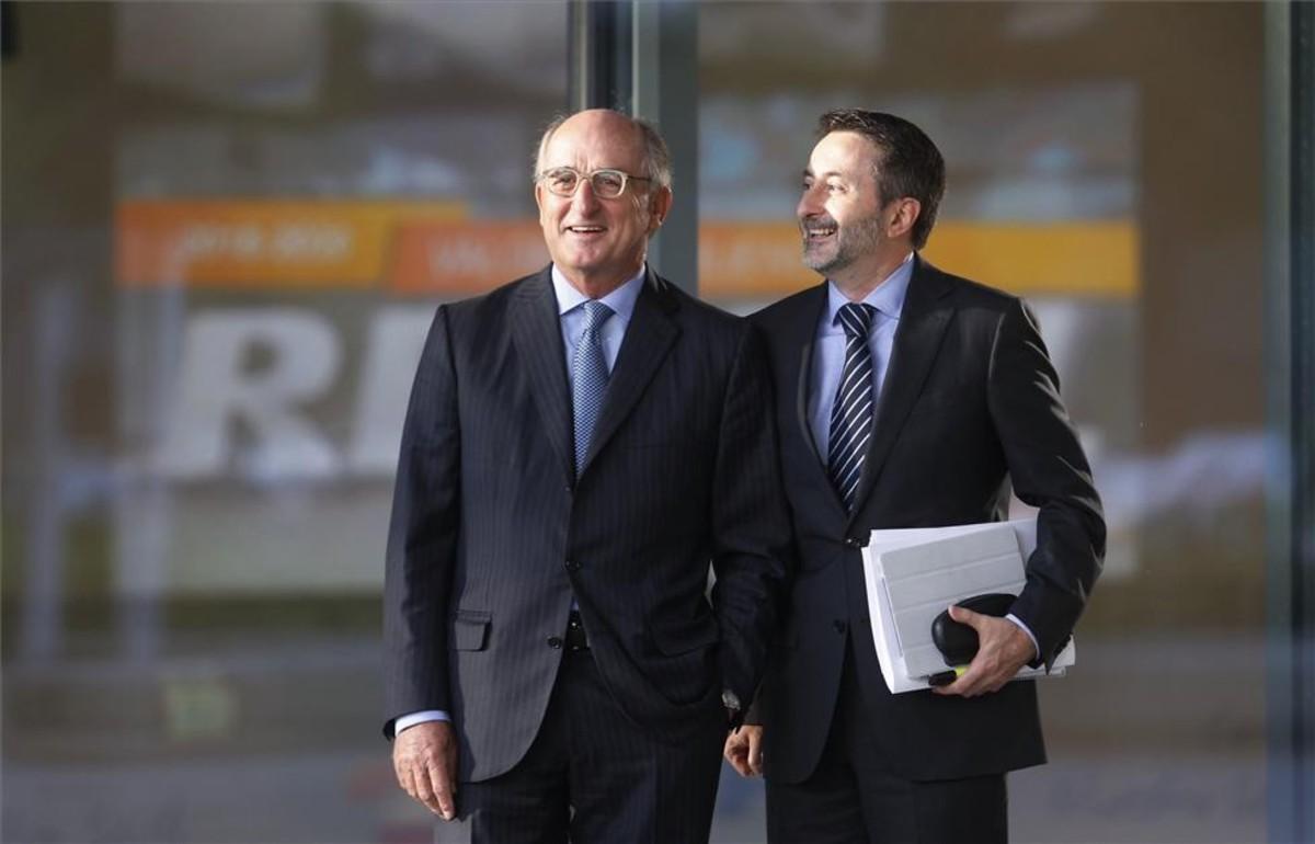 Josu Jon Imaz (izquierda) y AntoniBrufau, de Repsol.