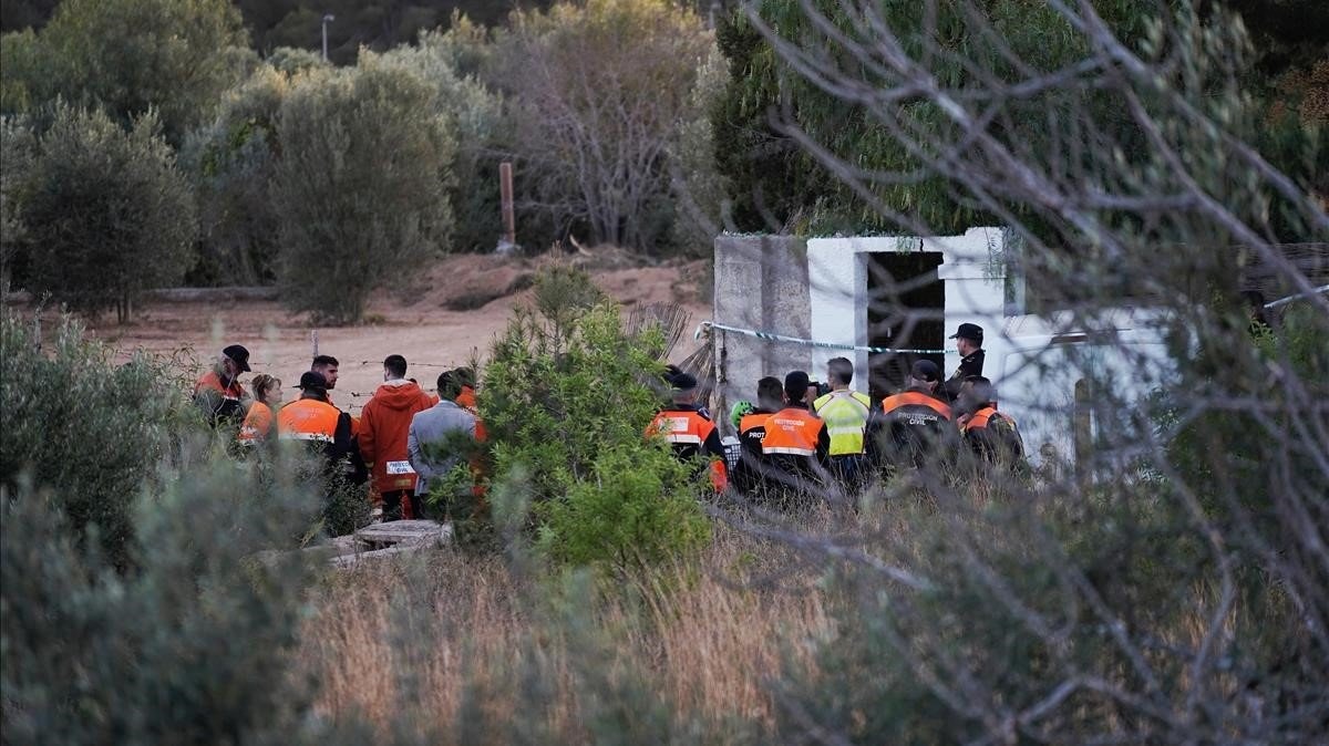 Levantamiento de los cadáveres de los niños desaparecidos en Godella.