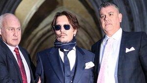Johnny Depp nega haver abusat de la seva exdona
