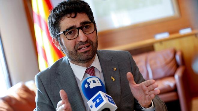 """La Generalitat pagarà el 30% de l'extra del 2013 als funcionaris """"com a molt tard"""" a l'octubre"""