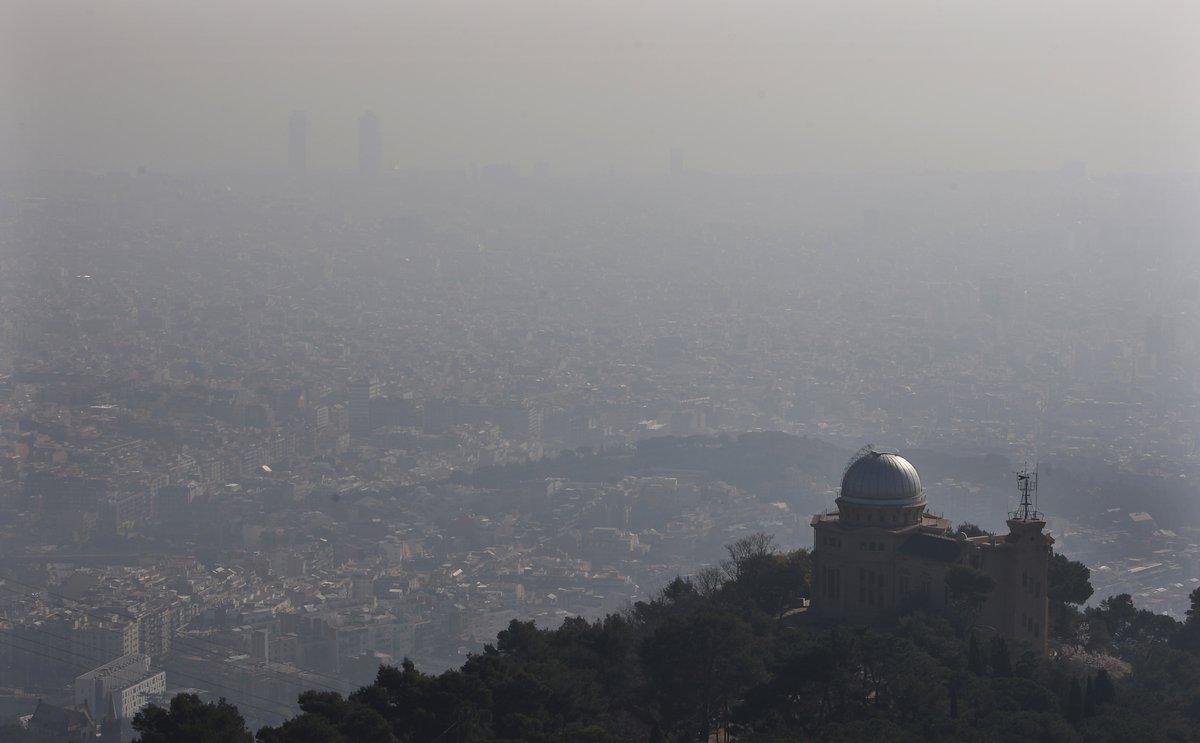 """""""La nube de contaminación que hay sobre Barcelona es más bonita que las nubes normales"""""""