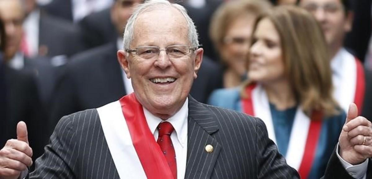 El nuevo presidente de Perú, Pedro Pablo Kuczynski, tras jurar el cargo en el Congreso, en Lima.