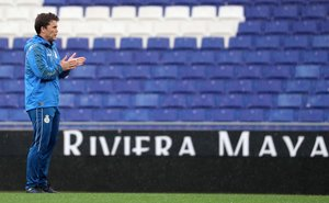 Rubi, en un entrenamiento del Espanyol en Cornellà.