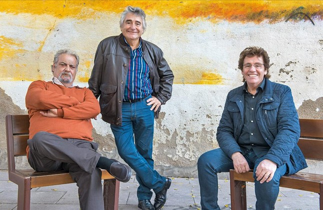 Los miembros de Rumba Tres vuelven al barrio barcelonés de Bon Pastor, 55 años después de su formación