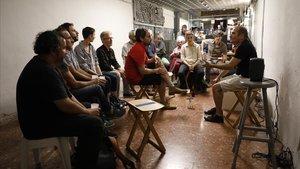 Sesión de [Auscultare] a cargo de Alfredo Costa Monteiro en el bar Ex Designer de Barcelona