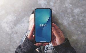 El 'smartphone' permite hacer consultas bancarias.