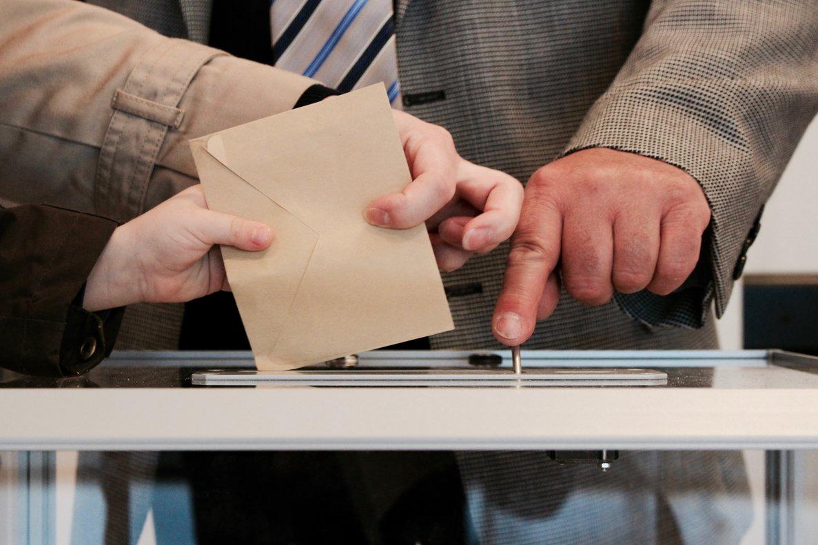 El voto electrónico tendrá complicado desbancar al modelo tradicional