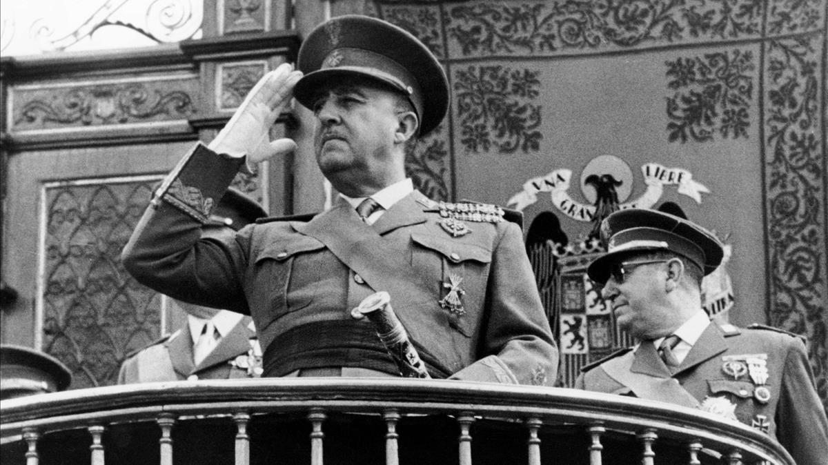 El PSOE demana il·legalitzar la Fundació Francisco Franco