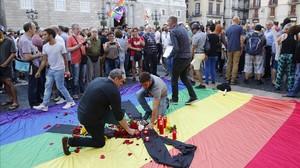 Concentración en Barcelona contra los asesinatos homófobos.
