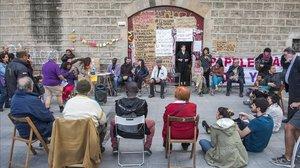 Asamblea en la Tancada Migrant de La Massana.