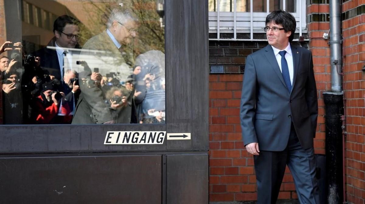 La ANC y Òmnium pagan los 2,1 millones de fianza impuesta a Puigdemont y 13 'exconsellers'