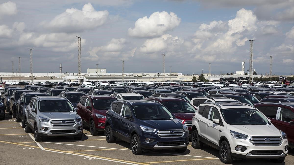 Ford saca la lupa en Europa y prepara las tijeras