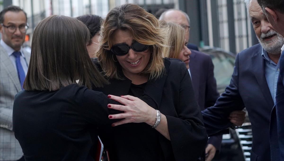 Susana Díaz, visiblemente emocionada.