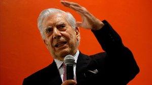 Vargas Llosa, este domingo en la Universidad de Guadalajara (México).