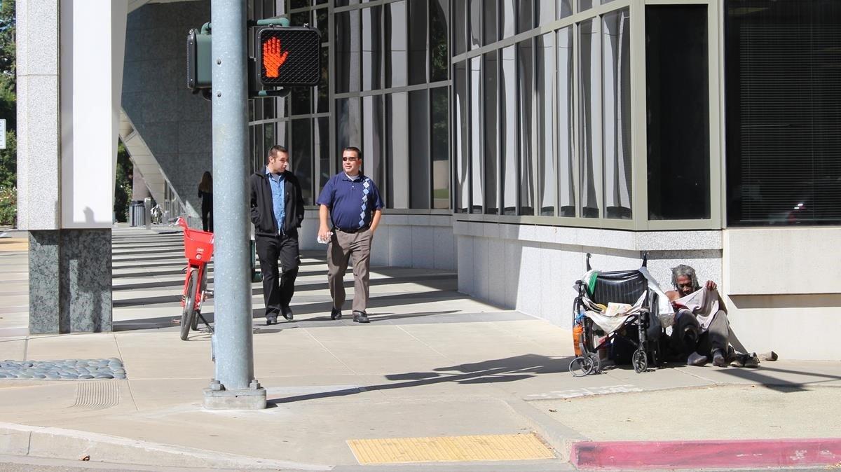 La misèria s'instal·la als carrers de Califòrnia