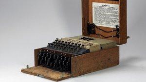 Una màquina Enigma nazi per xifrar missatges, subhastada per 117.800 euros