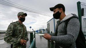 Apareix després de setmanes de captiveri la dona d'un espanyol arrestada a l'est d'Ucraïna