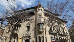 La Diputació de Barcelona paralitza la convocatòria de 660 places d'ocupació pública després de la pressió sindical