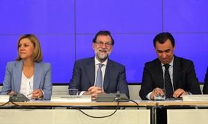 Mariano Rajoy y Fernando Martínez Maillo, ayer en el cuartel general del PP.
