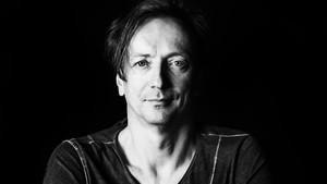 Volker Bertelmann, alias Hauschka, en una imagen promocional
