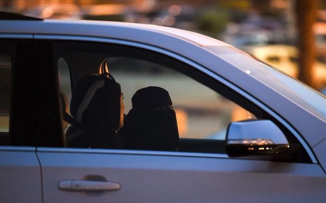 Mujeres saudís al volante, por fin