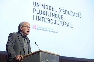 Josep Bargalló, en la presentación del nuevo modelo lingüístico catalán.