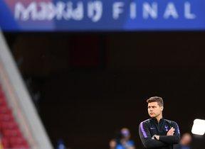 Mauricio Pochettino, técnico del Tottenham, durante el último entrenamiento antes de la final de la Champions.