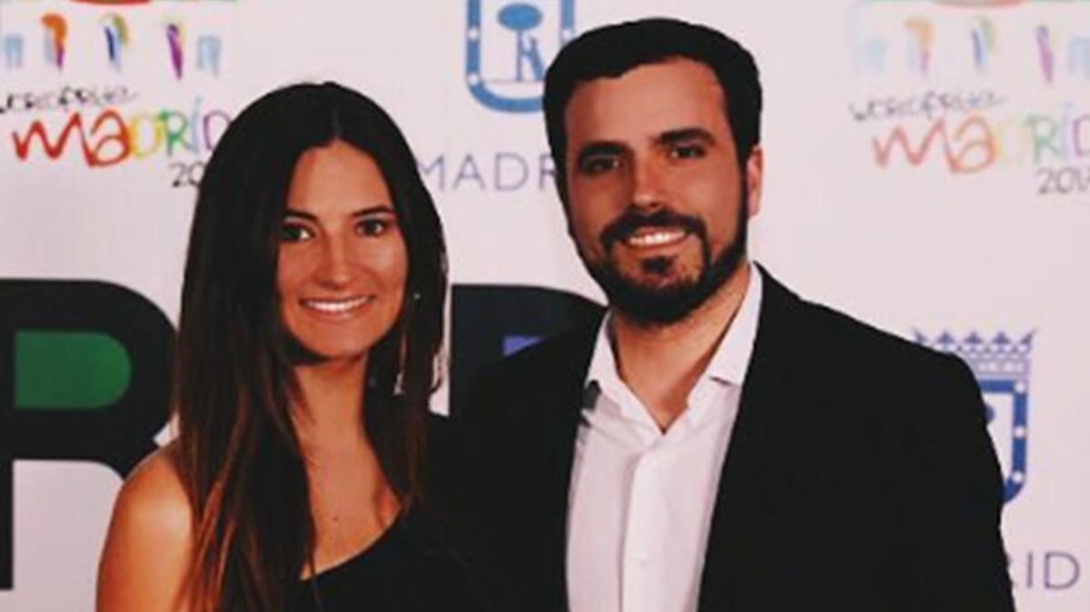 Alberto Garzón y Anna Ruiz.