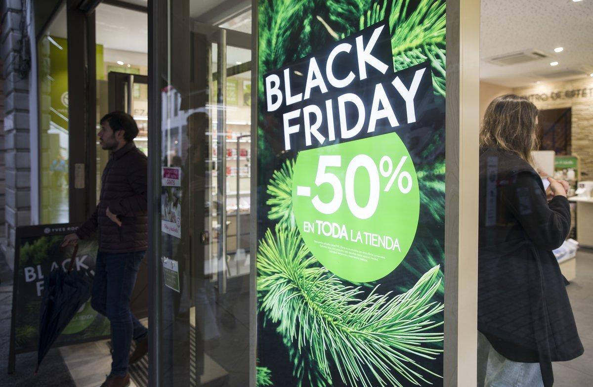 Cartel publicitario del Black Friday.
