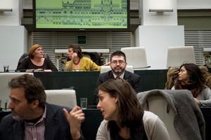 Fotografía de Carlos Sánchez Mato, el exdelegado de Economíay Hacienda, cesado por la alcaldesa de Madrid, en el Pleno.