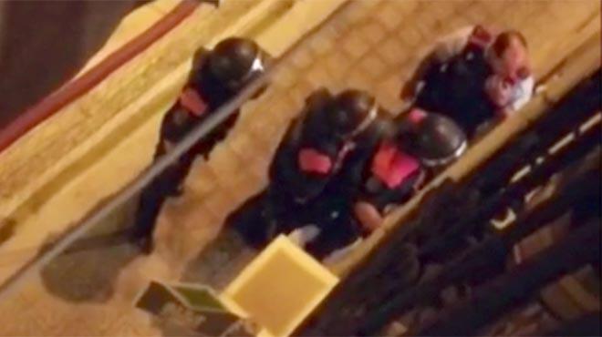 Conato de tiroteo en la calle Radas, del Poble-sec de Barcelona, este martes por la noche.