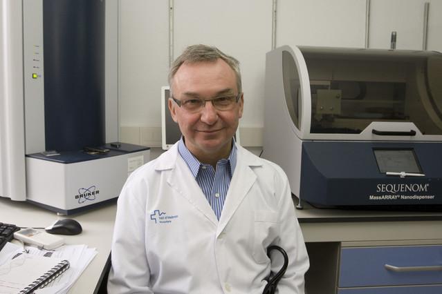 El doctor Josep Baselga, a lHospital de la Vall dHebron, en una imatge darxiu.