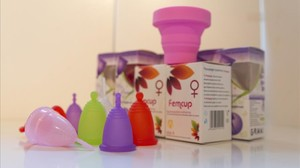 Diferentes modelos de copas menstruales