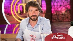 Félix Gómez posa en el plató de 'MasterChef Celebrity'.