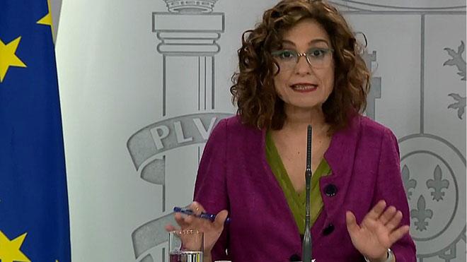 El Gobierno avisa de que la normalidad se recuperará de forma progresiva. En la foto, María Jesús Montero.