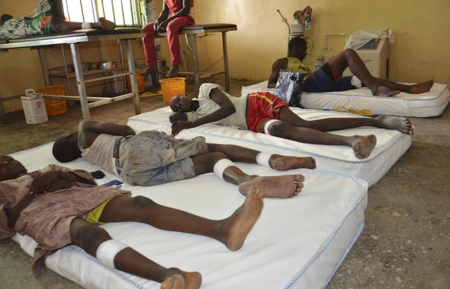 Heridos del último atentado de Boko Haram en la aldea de Maiduguri (Nigeria).