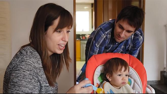 La Mireia, el Jacob i el seu fill Max. Una família Erasmus entre un milió.