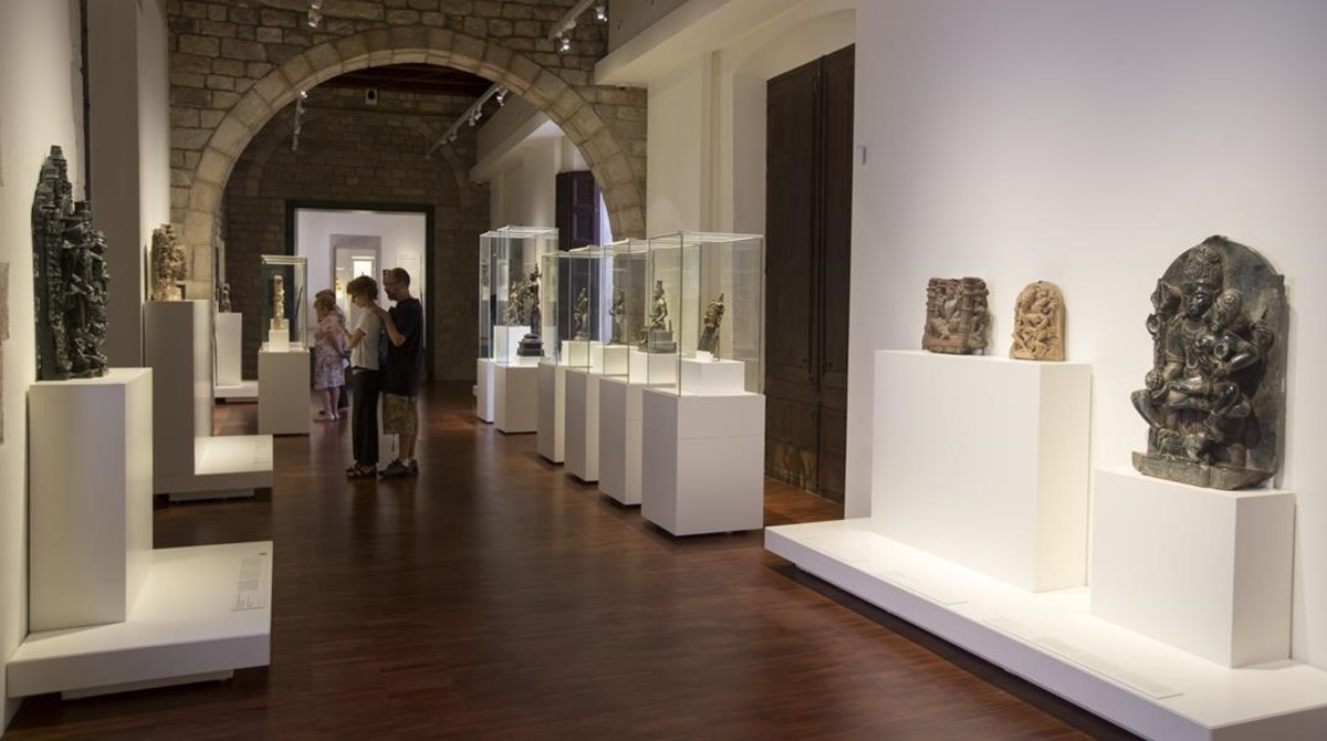 Una de las salas de exhibición del Museu de les Cultures del Món.